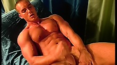 Muscular gay hunk enjoys taking in his friend's hot and hard quiver bone