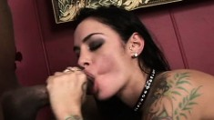 Buxom tattooed hottie Angelina Valentine getting nailed by two studs
